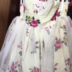 New girls 3t floral dress